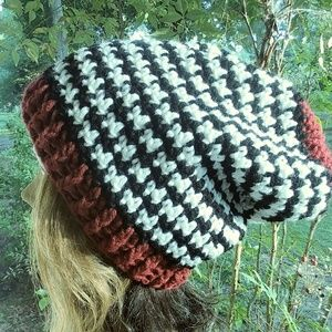 Houndstooth Slouchy beanie